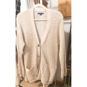 American Eagle Buttoned Cardigan